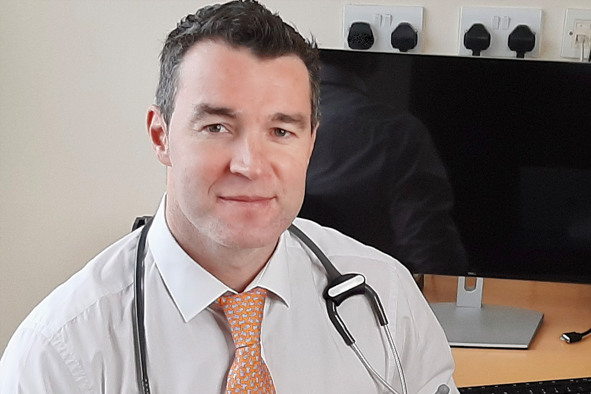 Dr Stephen Lucey